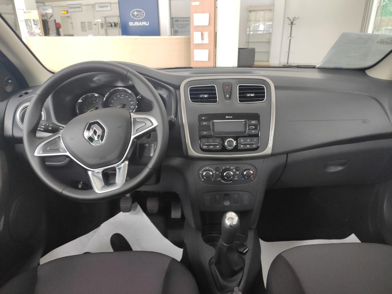 Renault LOGAN седан 1.6 л., 8-кл., (82 л.с.) 5МТ Life Белый 2020