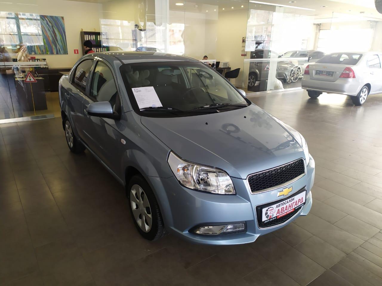 Chevrolet Nexia 1.5 16 кл. (105 л.с.) 5МТ комплектации LT, цвет голубой