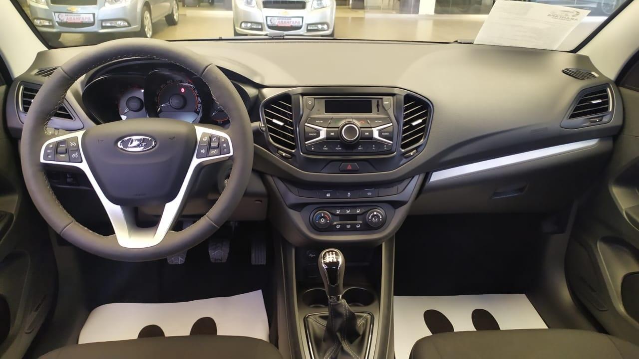 LADA Vesta седан 1.6 л., 16-кл., (106 л.с.) 5МТ. Comfort / Winter. Ярко-синий «Дайвинг» 2021