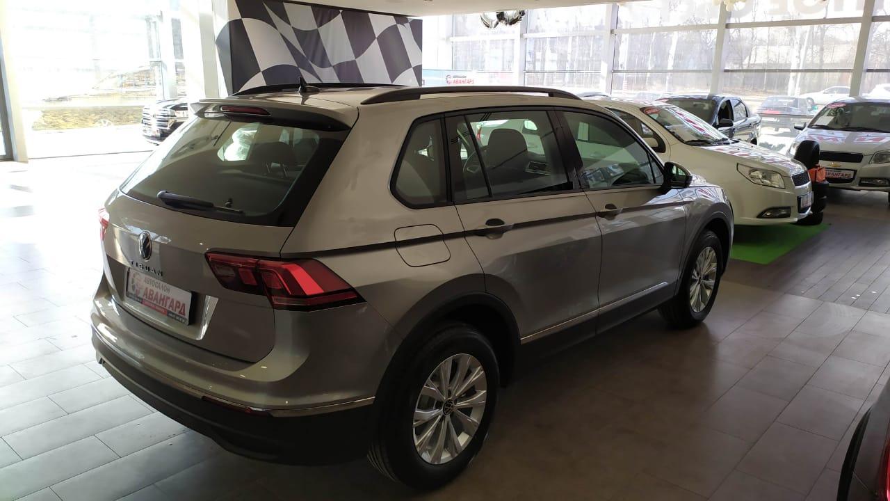 Volkswagen Tiguan (Фольксваген Тигуан) Respect TSI 125 л.с.6-МКП 2021