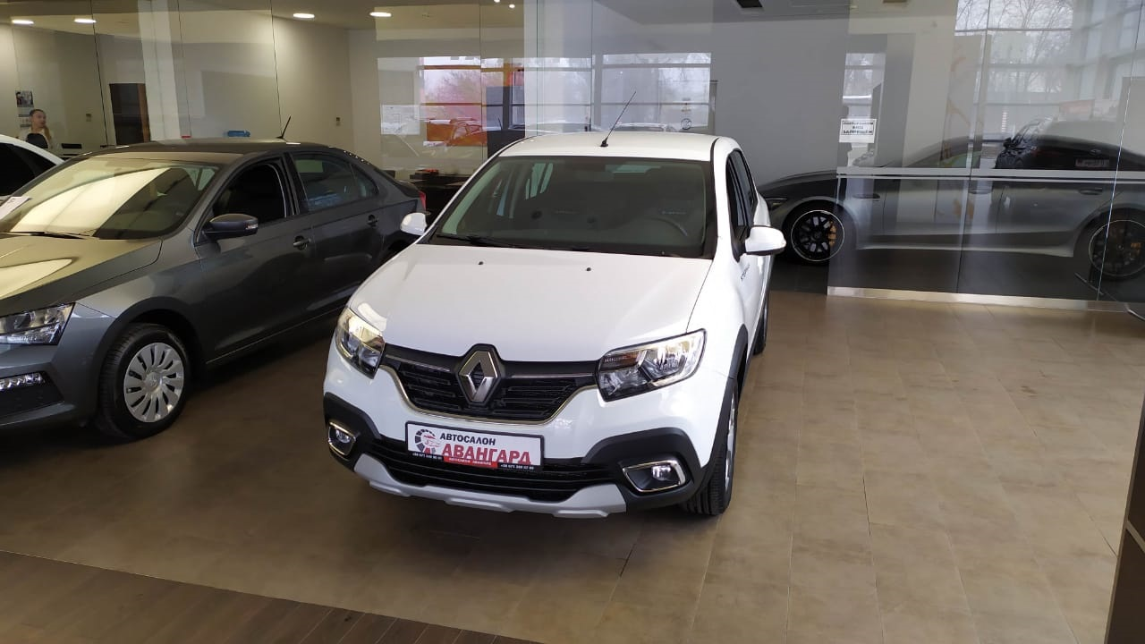 Renault LOGAN Stepway седан 1.6 л., 8-кл., 5МТ.,(82 л.с.) Life. Белый