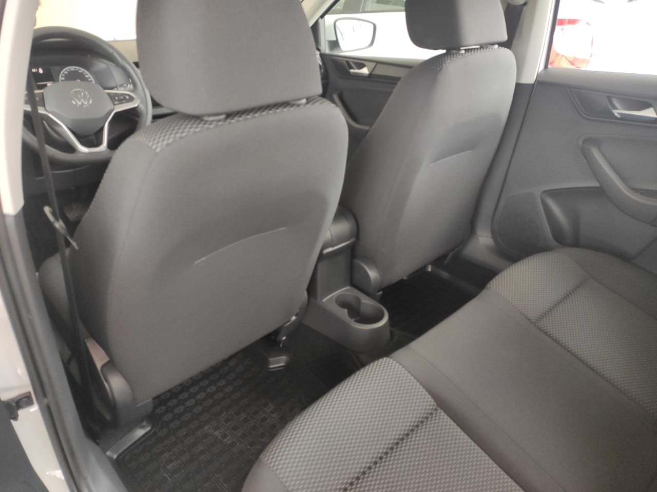 Volkswagen Polo лифтбек, 1.6 л., 16-кл., (110л.с.), 6АТ, Respect, Белый Pure, 2021