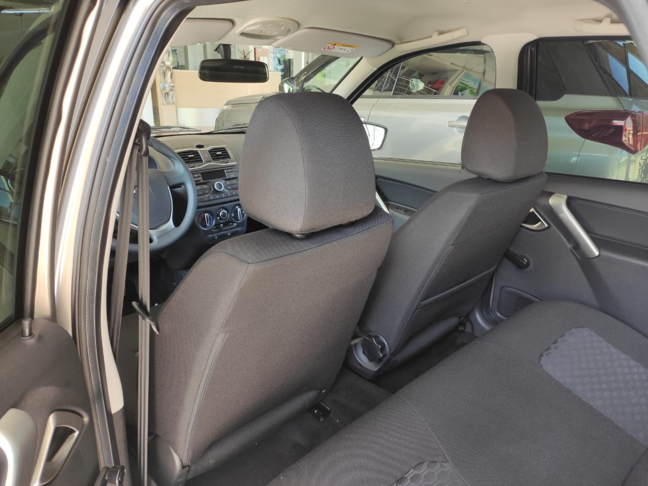 Lada Granta (Лада Гранта) седан 1.6 л 8-кл. (90 л.с.), 5МТ. Comfort, Серебристо-серый. 2021