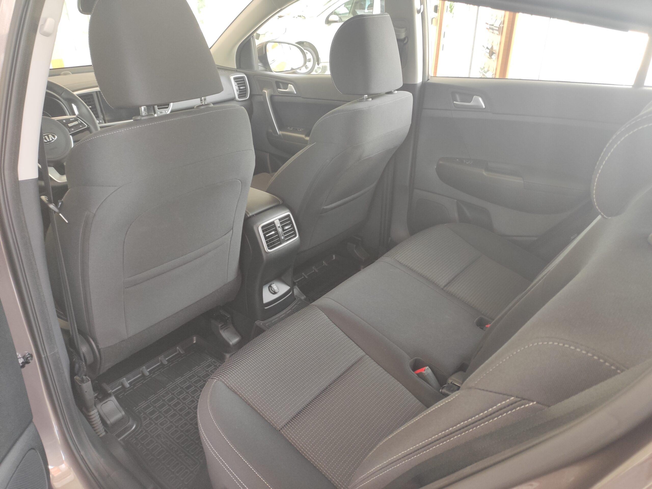 Kia Sportage 2.0 (150 л. c.), 6АТ. Привод передний, Luxe +. Коричневый. 2021