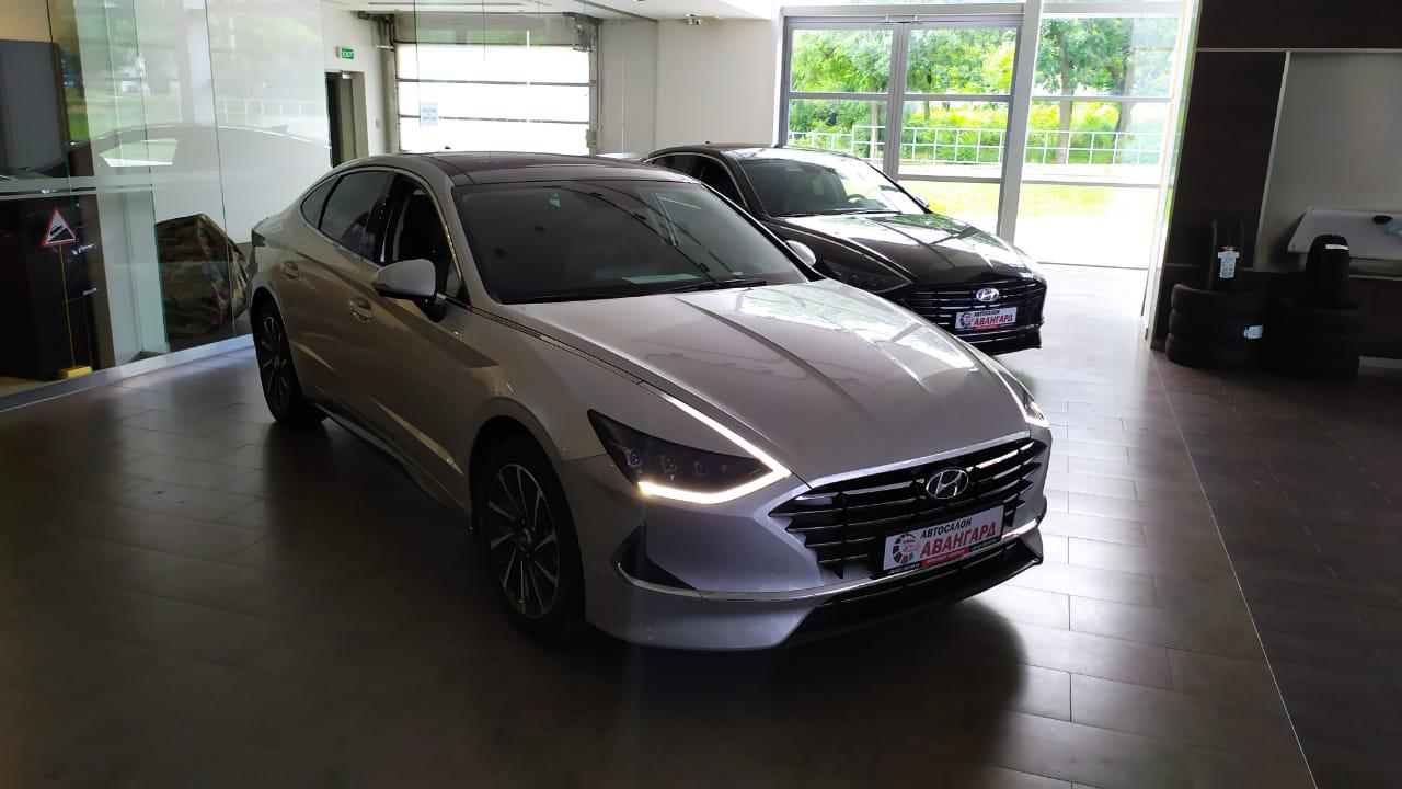 Hyundai SONATA 2.5 MPI (180 л.с.) 6АТ. Prestige. Серебристый. 2021