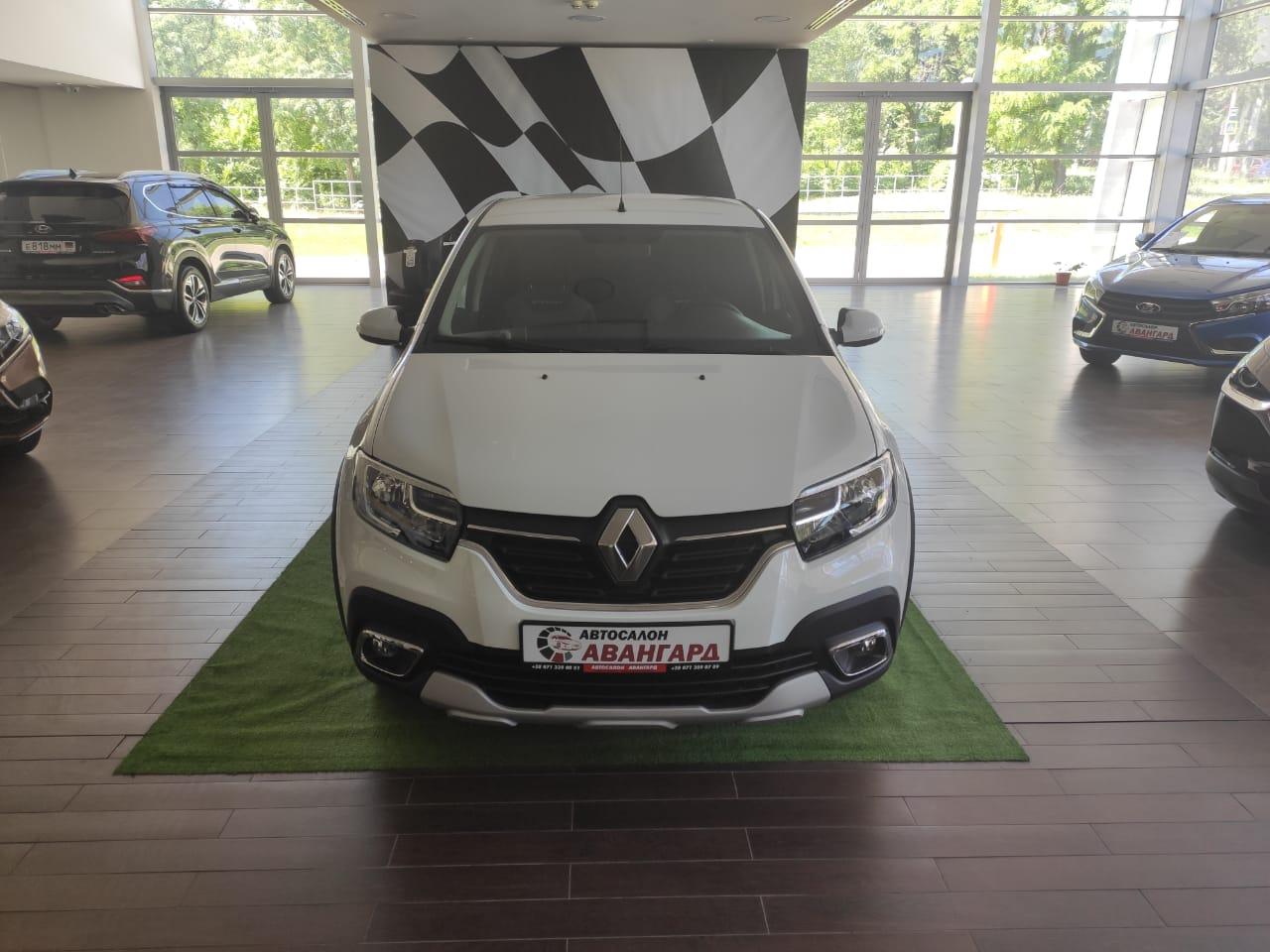 Renault LOGAN Stepway 1.6л, 8-кл, (82 л.с.) МКП5,  Life +Кондиционер. Белый, 2021
