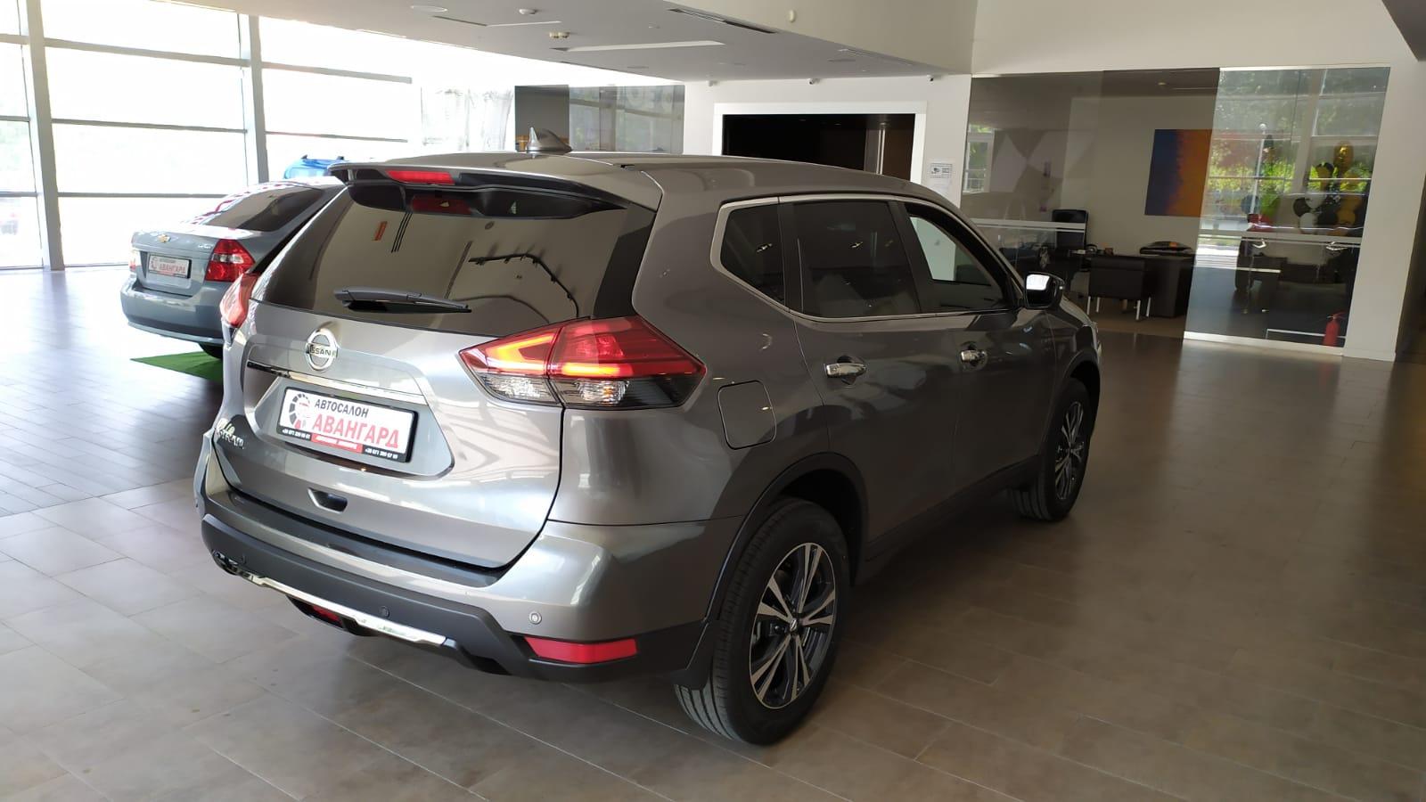 NISSAN X-TRAIL 2.0л (144 л. с.) 4WD CVT LE+. Серый. 2021