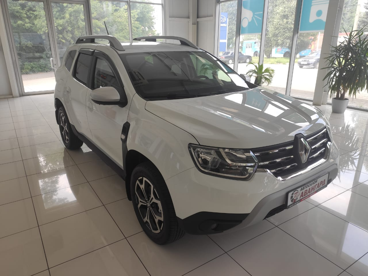 Renault Duster 2.0 4х4 6МКП. Style + СИСТЕМА КАМЕР КРУГОВОГО ОБЗОРА. Белый. 2021