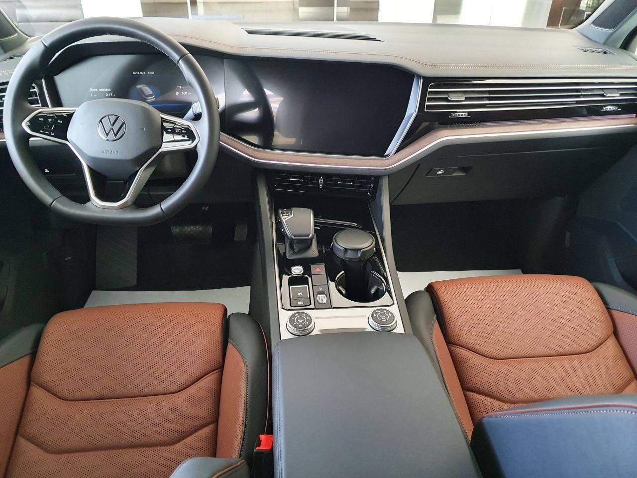 Новый Volkswagen Touareg 3.0 V6 TDI (249 л.с.) Дизельный 8-АКП 4Motion., Бежевый Sechura, Exclusive, 2021